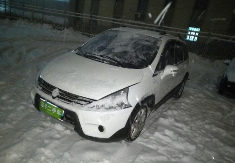 东风景逸 xl 2014款 1.5l 自动 5座 豪华型