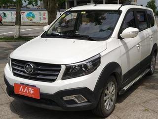 新龙马启腾V60 1.5L 手动 豪华型