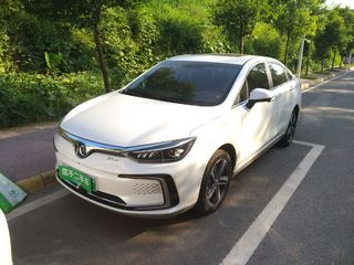 北京汽车新能源EU5 R500 自动 智尚版
