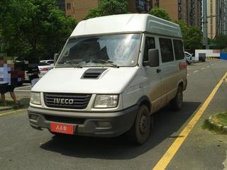 依维柯依维柯 2.5T 手动 客车