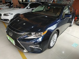 雷克萨斯ES 200