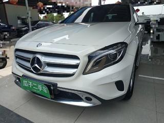 奔驰GLA级 1.6T