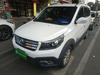 新龙马启腾V60 1.5L 手动 舒适型